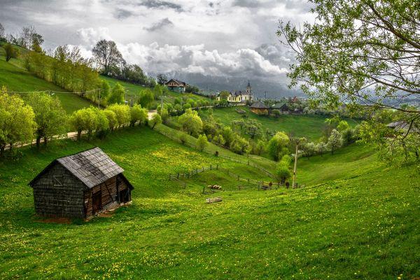 transylvanian-landscape-wallpaper-2-refacuta