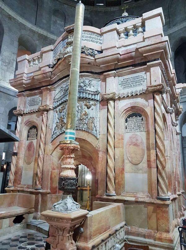 Mormantul Sfânt a fost curățat în 2017