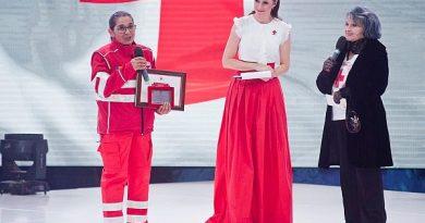Iuliana Tudor prezintă Gala Crucea Roşie la TVR 1