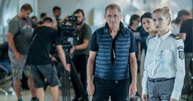 """Imagini inedite de pe platourile de filmare:  Horațiu Mălăele filmează pentru """"Luca"""" pe Aeroportul Henri Coandă"""