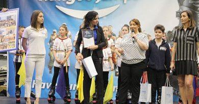 Kinga Sebestyen a donat 10.000 de euro, alături de pasionații de Kangoo Jumps, pentru copiii bolnavi de cancer